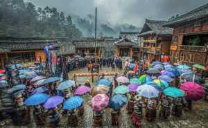 PhotoVivo Gold Medal - Juanjuan Shen (China)  Praying For Blessing