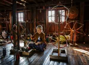 PSA HM Ribbons - Wing Chung Kenneth Leung (Hong Kong)  An Old Woman