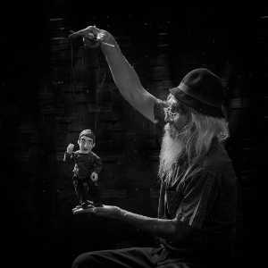 PhotoVivo Honor Mention e-certificate - Kristanto Lie (Indonesia)  Puppet Man