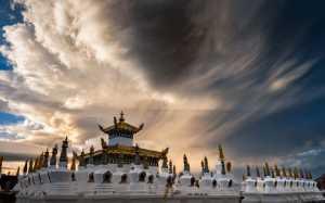 PhotoVivo Gold Medal - Gaochao Hong (China)  In Depths Of Clouds