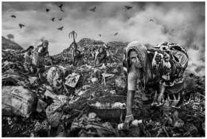 PSA Gold Medal - Wendy Wai Man Lam (Hong Kong)  Garbage Pickers Bw