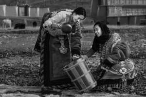 Honor Mention - Xianjing Zhang (China)  Water Taking