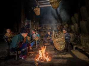 FIP Ribbon - Liquan Sheng (China)  Women Weaving Basket 1