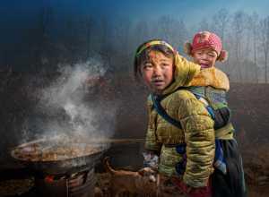 PhotoVivo Gold Medal - Ching Ching Chan (Hong Kong)  Sibling Love