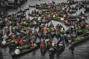 APAS Gold Medal - Yan Zhang_Tj (China)  Floating Market5