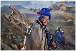 PhotoVivo Gold Medal - Sally Leung (Hong Kong)  Woman Of The Mountain