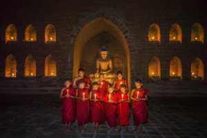 PhotoVivo Honor Mention e-certificate - Arnaldo Paulo Che (Hong Kong)  Lights Of Hope 4