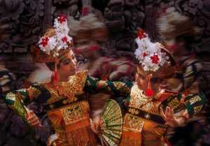Raffles Honor Mention E-Certificate - Aris Sanjaya (Indonesia)  Bali Dancer