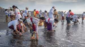 Circuit Merit Award e-certificate - Kristanto Lie (Indonesia)  Taking Water Ptd