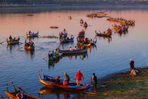 Circuit Merit E-cert - Zaw Maung Maung Oo (Myanmar)  Watching The Sunset