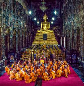 PhotoVivo Gold Medal - Waranun Chutchawantipakorn (Thailand)  3.Praying Patimok