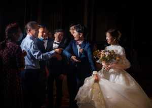 PhotoVivo Gold Medal - Wentao Qi (China)  Greeting At The Wedding