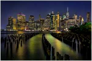 APU Honor Mention e-certificate - Thomas Lang (USA)  New York At Night