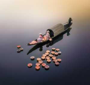 PhotoVivo Gold Medal - Hsiang Hui (Sylvester) Wong (Malaysia)  Lantern Evening 2