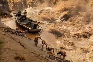 PhotoVivo Gold Medal - Baolan Liu (China)  Boat Tracker On Yellow River 8