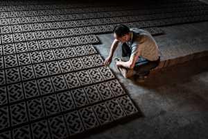 PhotoVivo Gold Medal - Shigui Jiang (China)  In Line