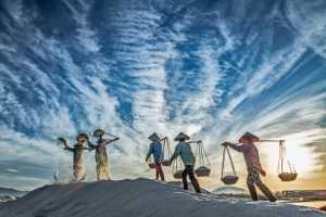 PhotoVivo Gold Medal - Teck Boon Lim (Singapore)  Rvn Salt Farm Collection Pt