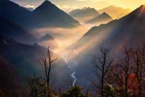APAS Gold Medal - Shourui Hou (China)  Among The Mountains