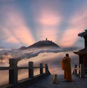 PhotoVivo Gold Medal - Xiaoping Mao (China)  Buddha Light Illuminates All Things