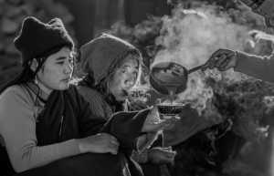 PhotoVivo Gold Medal - Jing Li (China)  Food Stand