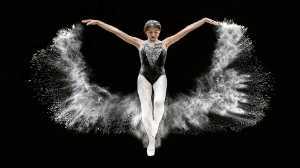 PhotoVivo Gold Medal - Tat Seng Ong (Malaysia)  Ballet-Butterfly 3P7a7779