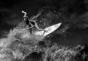 Circuit Merit Award e-certificate - Yongxiong Ling (Australia)  Woman Surfing 3 Bw