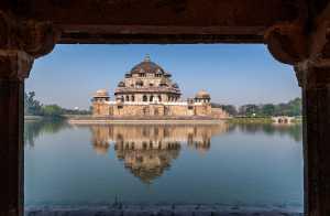 PhotoVivo Gold Medal - Nilendu Banerjee (India)  Framed Structure