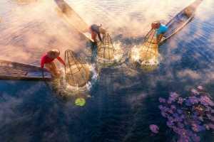 PhotoVivo Honor Mention - Lixia Guo (China)  Fishermen