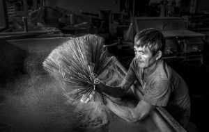 PhotoVivo Honor Mention e-certificate - Siew Thong Chu (Malaysia)  Joss Stick Worker