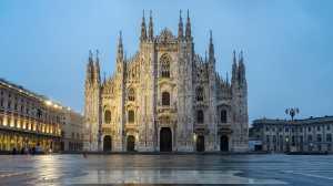 PhotoVivo Gold Medal - Albert Santosa (Indonesia)  Dawn At Duomo Di Milano