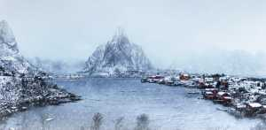 PhotoVivo Gold Medal - Lianjun Quan (China)  The Small Town In The Snow