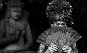 APU Gold Medal - Aizhen Jiang (China)  Bali Folk Custom