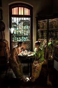 PhotoVivo Gold Medal - Hong Sang Woo (Malaysia)  Chit Chat At Home