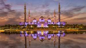 PSA Gold Medal - Venisiana Dharmayanthi (Indonesia)  Sunset At Sheikh Zayed Mosque