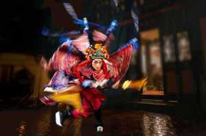 PhotoVivo Gold Medal - Lilo Chen (Taiwan)  Monkey King And Erlang Drama-R