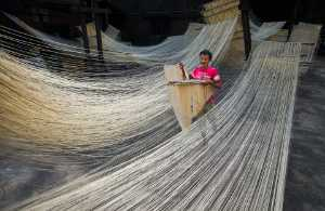 PhotoVivo Honor Mention e-certificate - Ching-Hsiung Lee (Taiwan)  Handmade Noodles 15