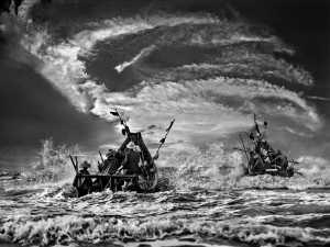 PhotoVivo Gold Medal - Tong Hu (China)  Fishinc At Sunset