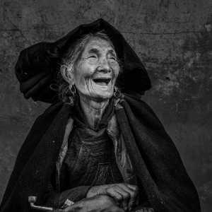 PhotoVivo Gold Medal - Deying Huang (China)  Years1