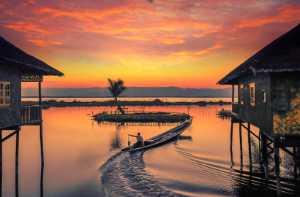 PhotoVivo Gold Medal - Konghai Huang (China)  Sunset Clouds