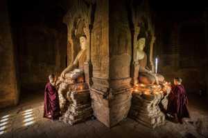 ICPE Honor Mention E-Certificate - Hongmei Zhang (China)  The Monk In Front Of Buddha