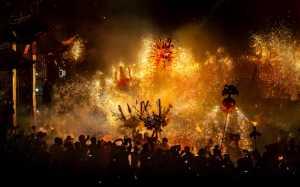 PhotoVivo Gold Medal - Jianglin Chen (China)  Fire And Dragon Make Spring