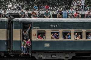 PhotoVivo Gold Medal - Yanping Qiu (China)  Train For Home 3