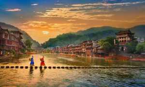 FIP Ribbon - Yan Wong (China)  Walking In The Morning
