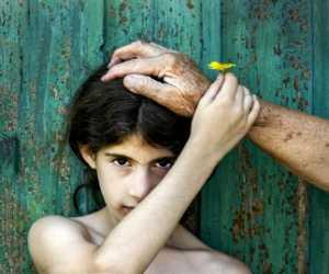 PhotoVivo Gold Medal - Janos Eifert (Hungary)  Love Hand
