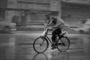 APAS Honor Mention e-certificate - Kah Meng Lek (Malaysia)  Cycling In The Rain 1