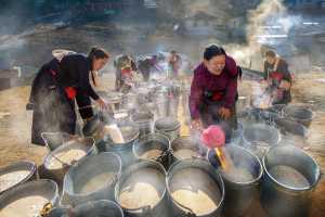 PSA Gold Medal - Yuk Fung Garius Hung (Hong Kong)  Preparing Butter Tea