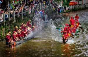 PhotoVivo Gold Medal - Hung Kam Yuen (Australia)  Splash Teams