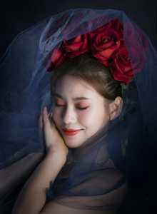 APU Gold Medal - Xianyou Liu (China)  Rose