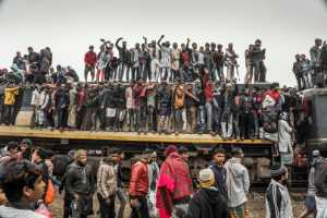 PhotoVivo Gold Medal - Guoyun Zhang (China)  The Crowded Train Festival 11
