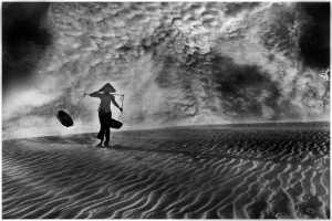 PhotoVivo Gold Medal - Thomas Lang (USA)  Windy Sand Journey